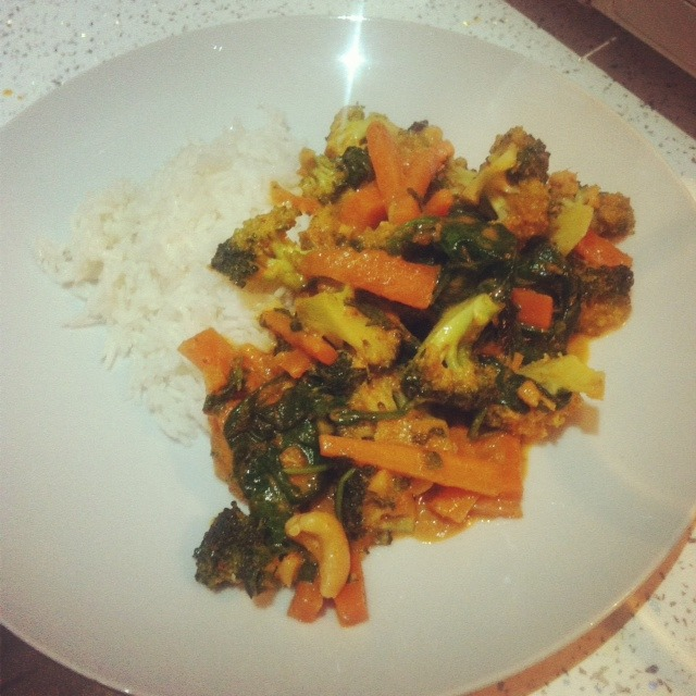 Thai Veg Curry (veeeegan)